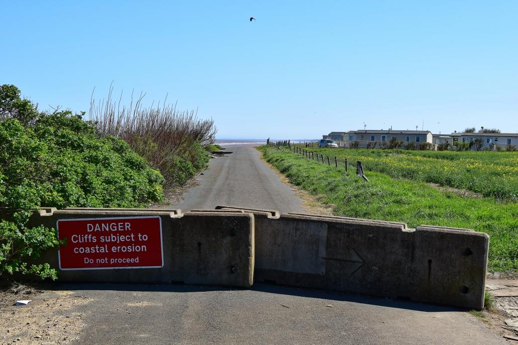 Road closed sign at Ulrome