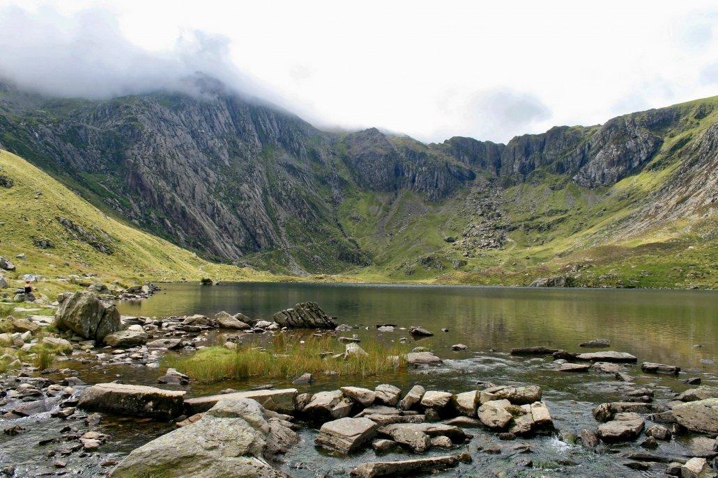 Cwm Ideal, a cwm (corrie) in Snowdonia, Wales.