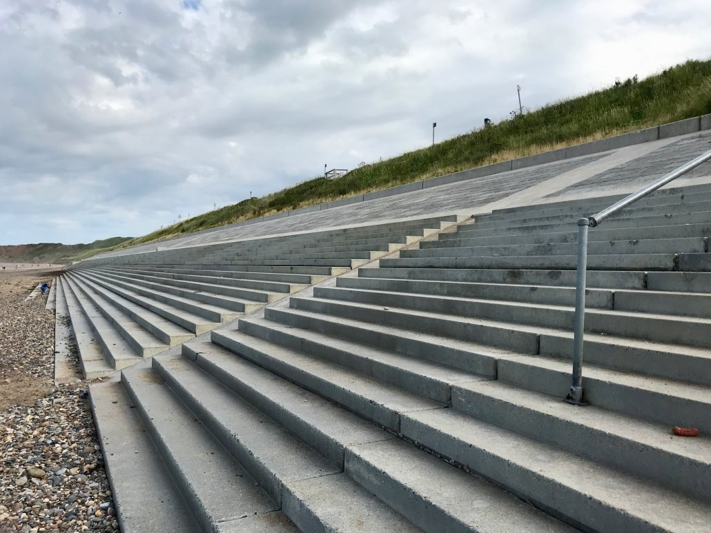Concrete steps at Sandsend