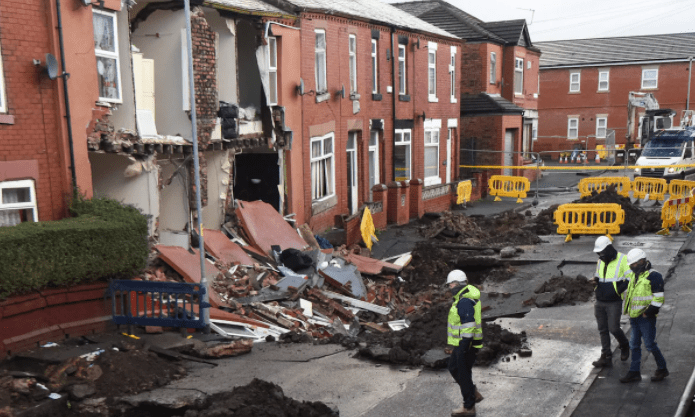 Manchester sink hole